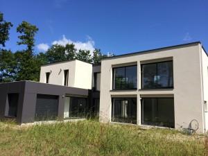 Vue façade arrière d'une maison d'architecte construite à Missillac en Loire Atlantique